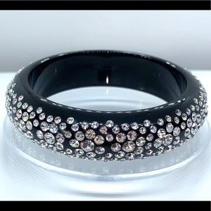 Swarovski crystal acrylic bangle black